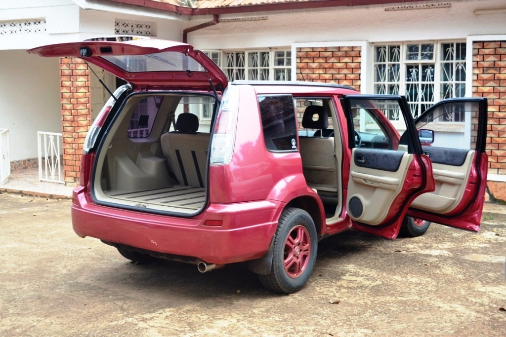nissan x trail 2003 uganda auto dealers buy sell and. Black Bedroom Furniture Sets. Home Design Ideas